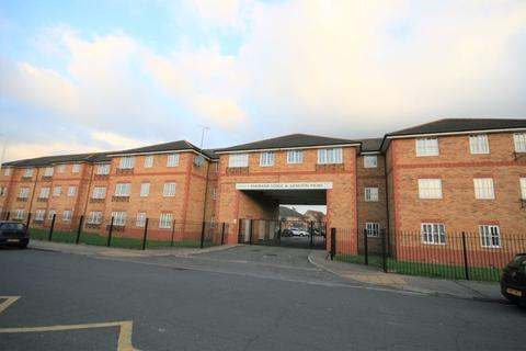 2 bedroom apartment to rent - Maybank Avenue, Hornchurch