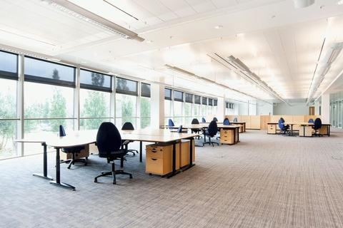 Office to rent - GRADE A OFFICE SUITE ON BUSINESS PARK AVAILABLE TO RENT (UNIT 5)