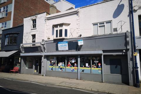 Shop to rent - PRIME RETAIL HIGH STREET, WHITSTABLE AVAILABLE BY WAY OF A SUB LEASE