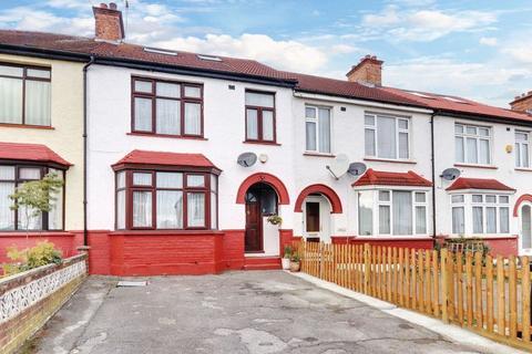 4 bedroom terraced house for sale - Princes Avenue, Greenford, UB6 9BT