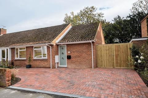 2 bedroom semi-detached bungalow for sale - Nelson Street, Thame