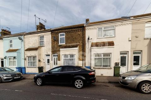 2 bedroom terraced house for sale - North Road, Queenborough