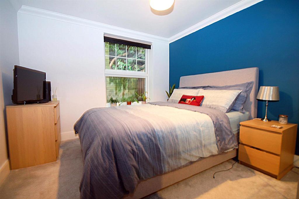 Bedroom 2editededited.jpg