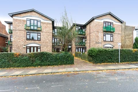 Retirement property for sale - Hadlow Road, Sidcup, DA14