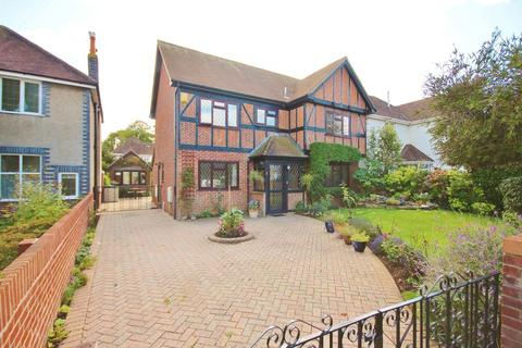 4 bedroom detached house for sale - Verona Avenue, Southbourne, Bournemouth