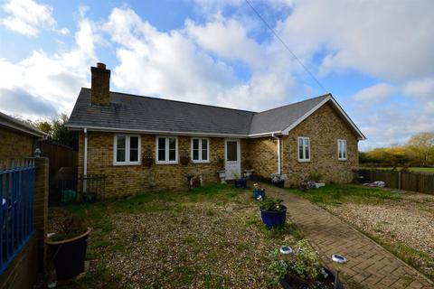 3 bedroom detached bungalow for sale - Barn Close, Yorkletts, Whitstable