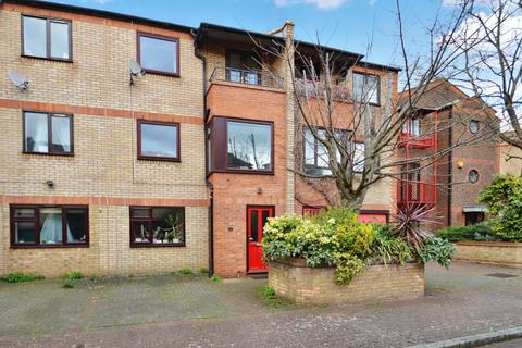 4 bedroom terraced house for sale - Caledonian Wharf, Isle of Dogs E14