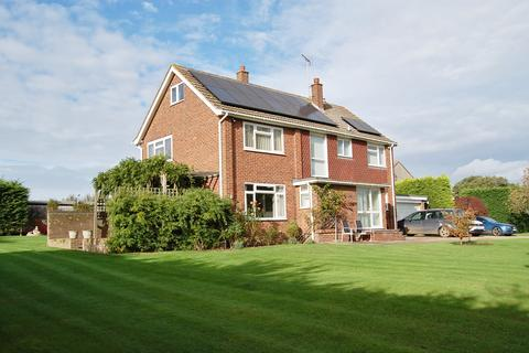4 bedroom detached house to rent - Writtle