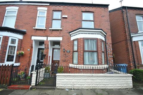 3 bedroom semi-detached house for sale - Richmond Grove, Monton Eccles, Manchester M30