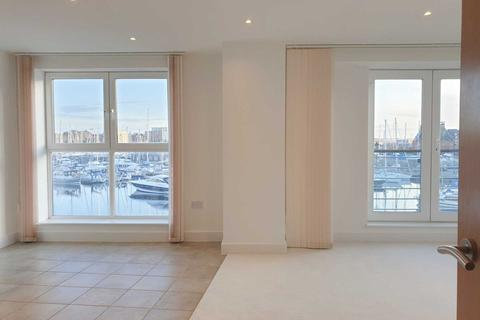 2 bedroom apartment to rent - Regatta Quay