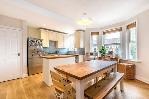 3 bedroom apartment for sale - Hansler Road, East Dulwich, London, SE22