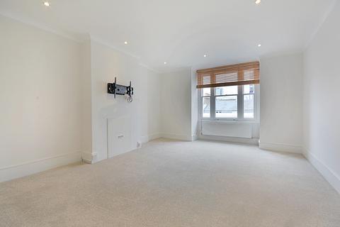 2 bedroom apartment to rent - Harley Street, Marylebone Village, London W1