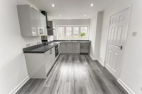 3 bedroom terraced house to rent - Aldridge Court, Ushaw Moor, Durham, Durham, DH7 7RT