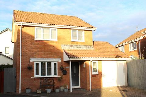 3 bedroom detached house for sale - Tudor Court, Murton, Swansea, City & County Of Swansea. SA3 3BB