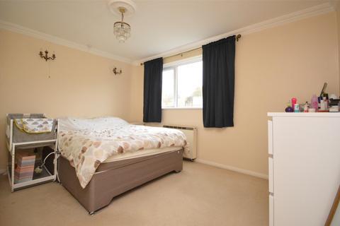 2 bedroom flat to rent - Pitman Court, Gloucester Road, Bath