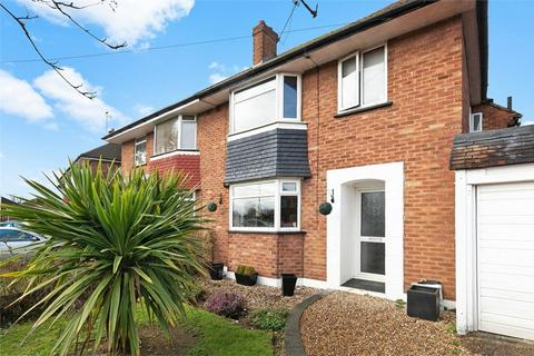 3 bedroom semi-detached house for sale - Castleton Road, RUISLIP, Middlesex