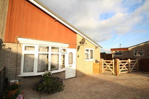 2 bedroom semi-detached bungalow for sale - Beech Grove, Flint