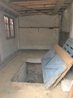 Garage to rent - Durbar Road - LU4 8BA