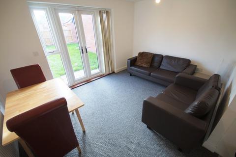 4 bedroom semi-detached house to rent - Turnstone View , Prior Deram Walk , Canley , CV4 8AL