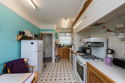 3 bedroom terraced house to rent - Malam Gardens, London
