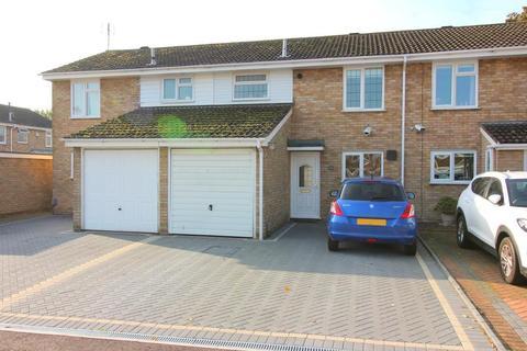 3 bedroom terraced house for sale - Buckingham Drive, Luton, Bedfordshire, LU2 9RB