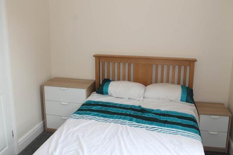 4 bedroom house to rent - Peel Street, Derby,