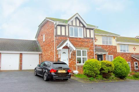 3 bedroom detached house to rent - Woburn Close, Paignton