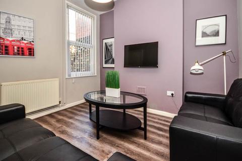 3 bedroom house share to rent - Hannan Road, Kensington, Liverpool