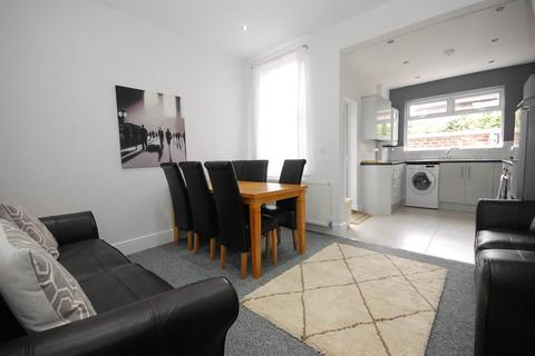 1 bedroom in a house share to rent - Herondale Road, Mossley Hill, Liverpool
