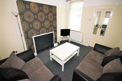3 bedroom house share to rent - Birstall Road, Liverpool,