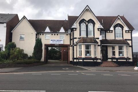 2 bedroom apartment to rent - Bearwood Road, Smethwick