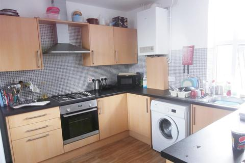 5 bedroom house to rent - Queens Road, Leicester