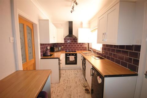 2 bedroom semi-detached house for sale - Thicknesse Avenue, Beech Hill, Wigan