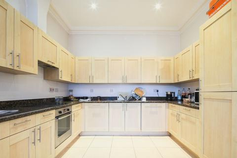 2 bedroom apartment to rent - Riga Mews, 32 - 34 Commercial Road, London