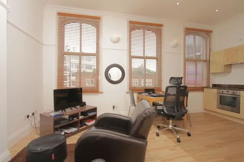 1 bedroom flat to rent - Riga Mews, 32-34 Commercial Road, London