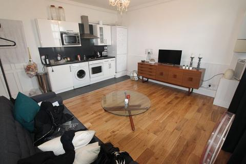 1 bedroom flat to rent - Cephas Avenue, London