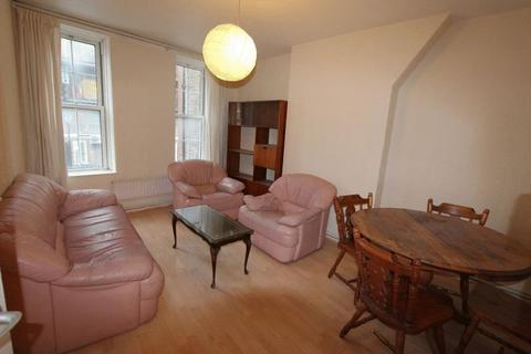 2 bedroom apartment to rent - Bell Lane, London