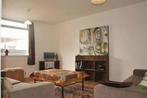 3 bedroom apartment to rent - Hemming Street, London