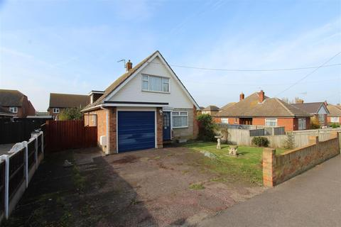 3 bedroom chalet for sale - The Broadway, Sheerness