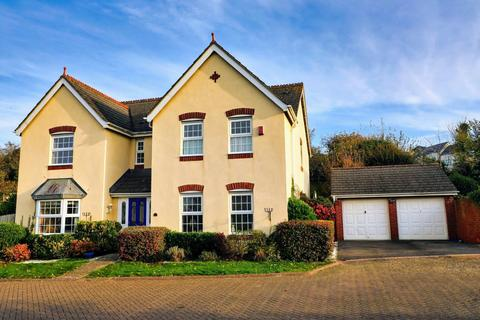 5 bedroom detached house for sale - Field Rise, Old Town, Swindon, SN1