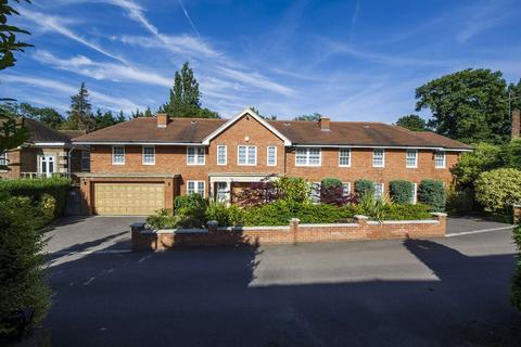 7 bedroom detached house for sale - White Lodge Close, London, N2