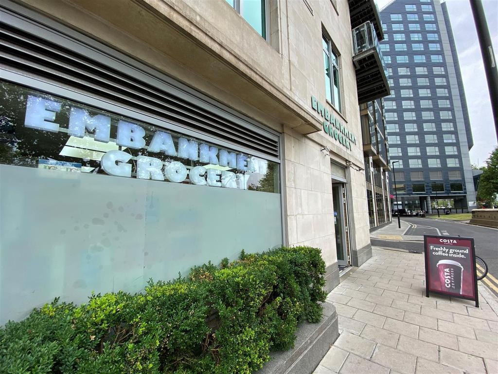 Embankment Grocery.jpg