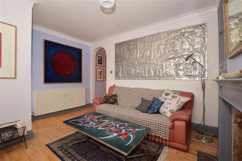 3 bedroom detached house for sale - Hooley Lane, Redhill, Surrey