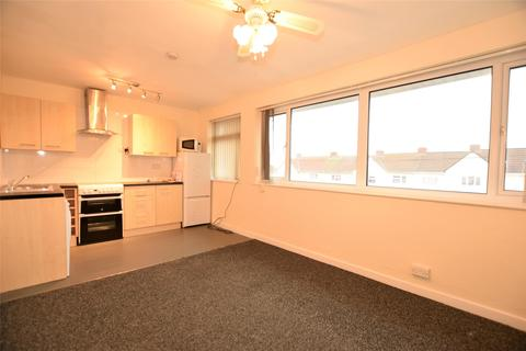 2 bedroom flat to rent - Park Avenue, Winterbourne, BRISTOL, BS36