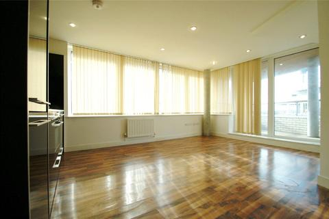2 bedroom apartment to rent - Hillside, London, NW10