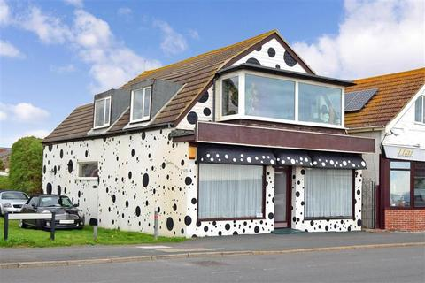 2 bedroom flat for sale - South Coast Road, Peacehaven, East Sussex