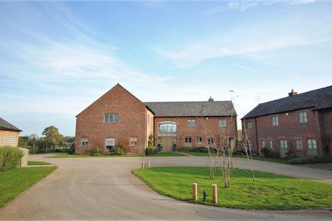 4 bedroom barn conversion for sale - Lees Lane, Mottram St. Andrew