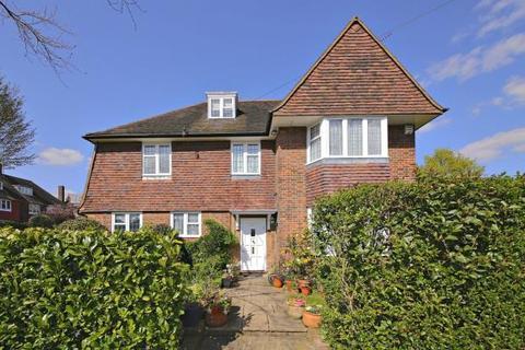 3 bedroom detached house for sale - Gurney Drive, Hampstead Garden Suburb, London, N2