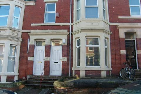 2 bedroom apartment to rent - Grosvenor Gardens, Newcastle Upon Tyne