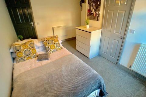 5 bedroom house share to rent - Corporation Street, Barnsley, Barnsley, S70